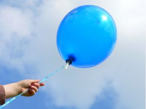 blue-balloon-1193182